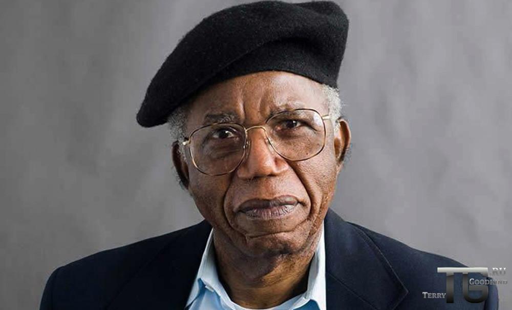 Писатель Чинуа Ачебе